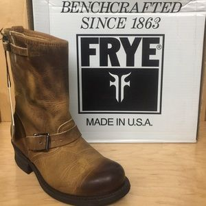 Frye Women's Engineer 12R Boots #77400 US 8.5M